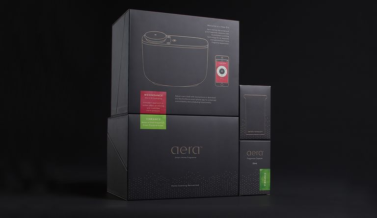 The challenge was to create a package that captures the product's chic and subtle essence and delivers an elevated unboxing experience.