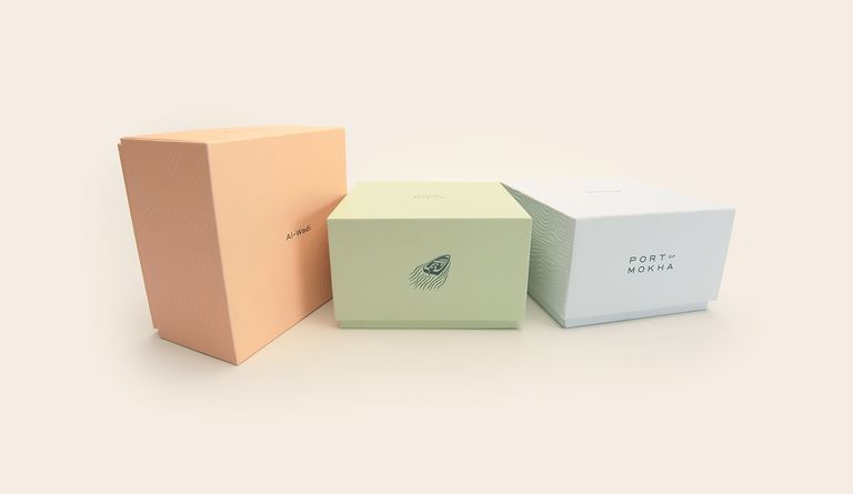 In collaboration with Manual SF, Uneka hand-picked Neenah textured and matte papers that would perfectly compliment the package design.
